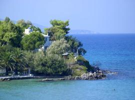 Paradisso Beach Villas, Amoudi