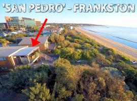 Award Winning Beach Front Retreat, Фрэнкстон