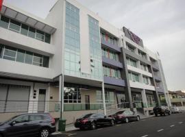 Galaxy Hotel, Simpang Ampat