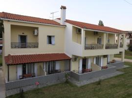 Yiannis Studios, Troulos
