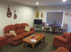 Tohora View B&B, Waihi Beach