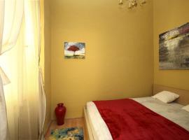 Rochelle's Suite, Budapeste