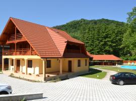 Cabana Sargetia, Costeşti