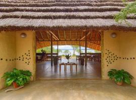 Covane Community Lodge, Lagoa Nova
