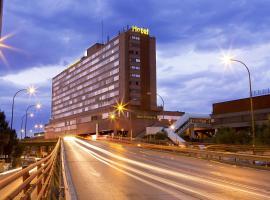 Hotel Weare Chamartin,