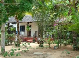 Hotel Village Vacances Awale Plage, Grand-Popo