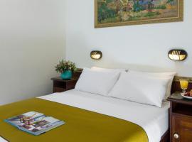 Galileo Hotel,