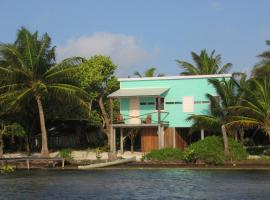 coconut grove, Caye Caulker