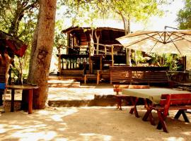 Off Beat Safaris Bush Lodge, Hoedspruit