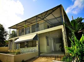 Santa Juanita 3 Bedroom Home, Bayamon