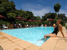 Hotel Evasion, Sarraméa