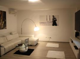 Claudio Apartment, Craiova