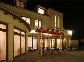 Hotel-Patonai Panzió, Fertőd