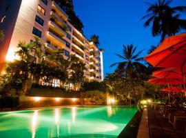 Saigon Domaine Luxury Residences, Хошимин
