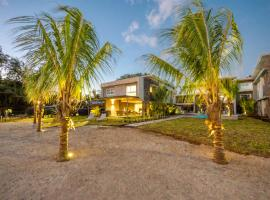 L'Escale 3 bedrooms Sea View and Beachfront Suite by Dream Escapes, Tamarin