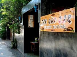 The Old Car Guesthouse, Chiang Mai