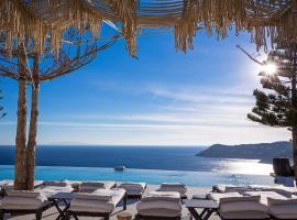 Myconian Utopia Relais & Chateaux, Elia Beach