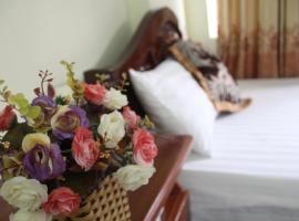 Hotel Kien Nga, Thạch Lỗi