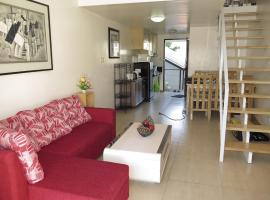 Sofia Suites #300, Анхелес