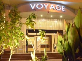 Voyage Hotel, Riad