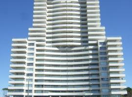 Apartment Torrelobos, 埃斯特角城