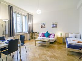 Apartment Moldau by RENTeGO, Praga