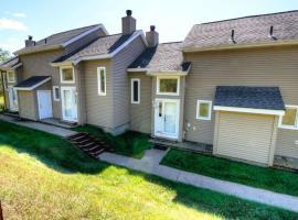 Fox Ridge 527, Ellicottville