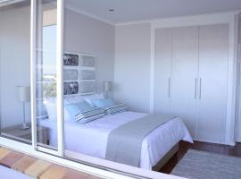 Westward HO Apartment 13, Kapstadt