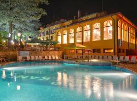 Balkan Hotel, Chiflik
