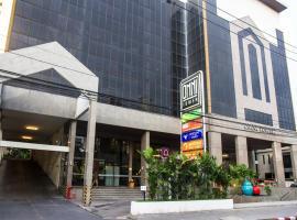 Omni Tower Syncate Suites, Бангкок