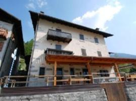Casa Civetta, Massimeno