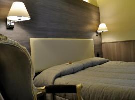 Hotel Est, Piombino