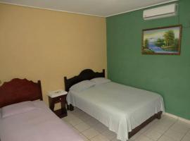 Lagunas Hotel, Puerto Cortez