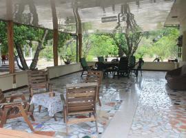 Sonja's Guesthouse, Zanderij