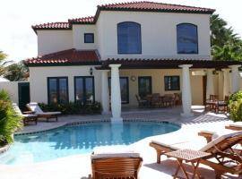 Luxurious Ocean View Tierra del Sol Villa, Palm Beach