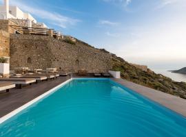 Cova Mykonos Suites, Elia Beach