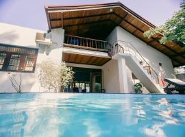 New Teak Villa, Aluthgama