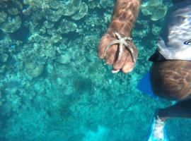 Maldives Seashine, Huraa