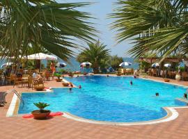 Hotel Oasis, Kyparissía