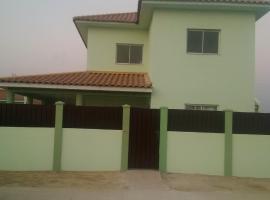 Pilartes Family House, Porto Amboim