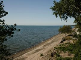 Brennan Beach Lakeview Park Model 2, Pulaski