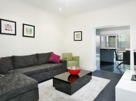 StN2S 2BR Potts Point - Uptown Apartments,