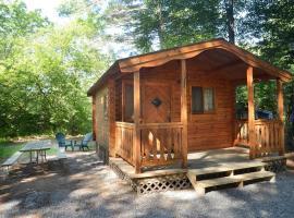 Lake George Escape Two-Bedroom Rustic Cabin 64, Warrensburg