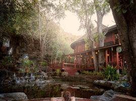 Pristine Lotus Resort (Inle), Nyaung Shwe