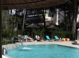 Hotel Arizona, Линьяно-Саббьядоро