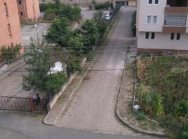 Airport Apartments, Pelitli