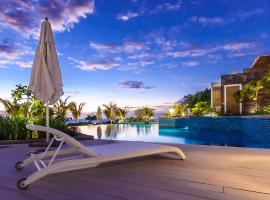 Cap Ouest Beachfront Luxury 2 & 3 Bedroom Apartments, Flic-en-Flac