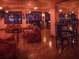 Ebony Hotel, Huaraz