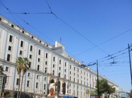 Nella Storica Piazza Carlo III,