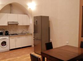 Apartment on Nizami Street 81, Baku